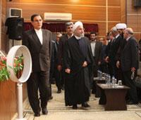 تصاویر نسیم جنوب از دیدار دکتر روحانی با نخبگان، ایثارگران و علمای بوشهر (1)