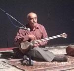 اجرای هنر بداهه نوازی هنرمند بوشهری در موسیقی ملی ایران... + تصاویر