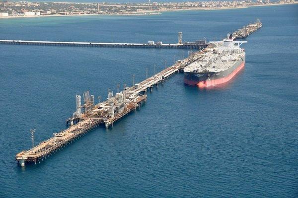 افزایش ظرفیت ذخیره نفت و گاز در پایانههای کشور/ رشد توان صادراتی