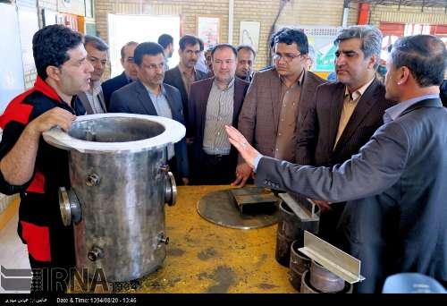 تصاویر بازدید استاندار بوشهر از مرکز آموزش فنی و حرفه ای بوشهر