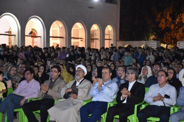 تصاویر جشن پیروزی روحانی در بوشهر