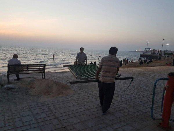 تصاوير جمع آوري موانع ساحل بوشهر به دستور استاندار